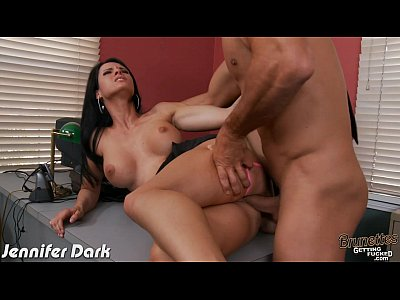 Brunette Jennifer Dark suck and ride a large cock