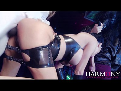 Harmony vision jasmine jae gets fucked by two cocks