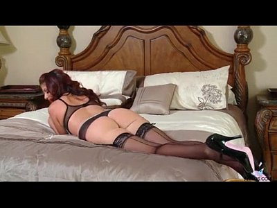Closeups Stockings Solo video: Real dripping orgasm for hot mom