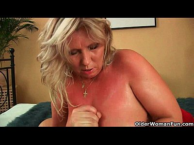 Cumshots,Facial,Milf,Granny,Cumshot,Mom,Mother,Cougar,Mommy,Hd