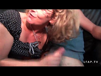 Anal Analsex Blowjob video: Casting amateur maman mature francaise grave sodomisee et DP