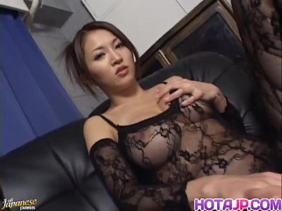 Asian Japanese Fingering video: Yuki looks eager to try her new toy