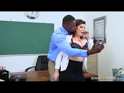 Tits Boobs video: Brazzers - Milf Sara Jay loves BBC