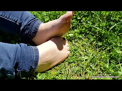 Watch I Want You To Cum All Over My Oiled Up Little Feet - Public Foot Show  on xxxvedio xyz | Oiled Videos on xxxvedio xyz | Page 1 |