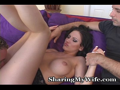 Brunette Cuckold Cuckoldry video: Wife Opens Pants For New Guy