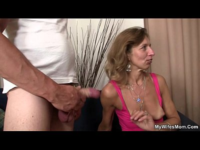 Cheating Mom Mother video: Daughter watches him fucking her old mother