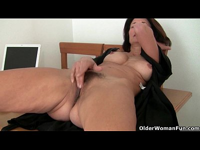 French Grannies Solo video: Mature milfs Emanuelle and Betty get their juices flowing
