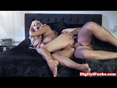 Bigtitted mistress riding on cheating bf