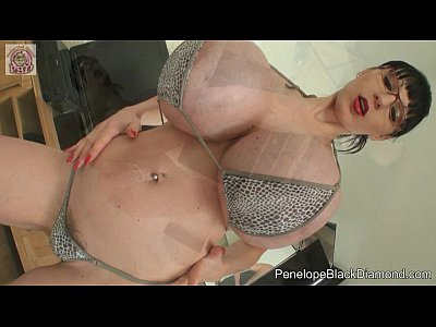 Black Diamond Fisting video: Penelope Black Diamond - sexy Bikini & Fisting