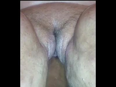 BBW gets her pussy fisted by her bull