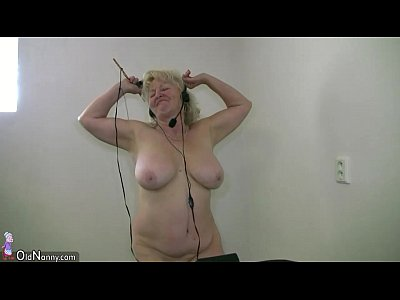 Chubby Dirty Granny video: OldNanny Old granny dancing