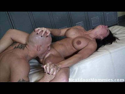 Brunette Cougar Couple video: Hot cougar fucked in the pussy