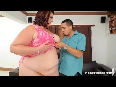 Booty Chubby Chunky video: Big Booty BBW Erin Green Shows Off Her Assets at Plumperpass