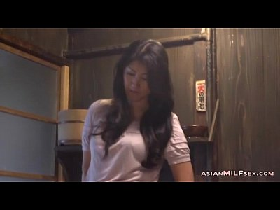 Cougar Japan Japanese video: Milf Fingering Herself Having Orgasm On The Floor In The Kitchen