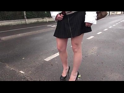 Amateur Hardcore French video: French amateur teen gets hard analized