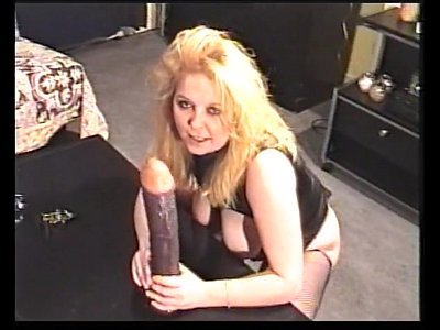 Milf Fisting Masturbates video: UK MILF