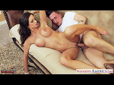 Blowjob Brunette Facial video: Gorgeous girlfriend Ashley Sinclair fucking
