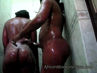 Interracial Black Ebony vid: 2 Big booty Africans go naughty in this amateur shower scene