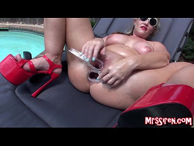 Milf Chubby Gape video: Speculum Play