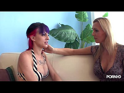 Stepmom video: tanya-tate-rimming-a-young-emo-girl
