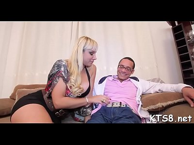 Tempting tranny receives load of ball cream