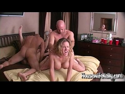 Swingers Blonde Swinging video: tubesite spouse swapping