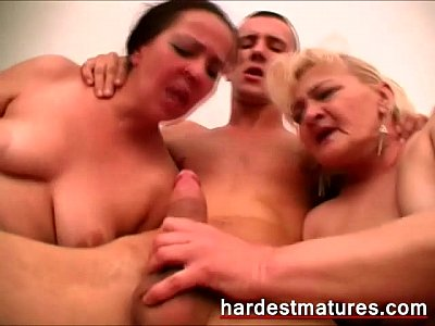 Grannies Old video: mature threesome video