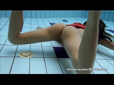 Teen Pool Watersports video: Anna - nude swimming underwater