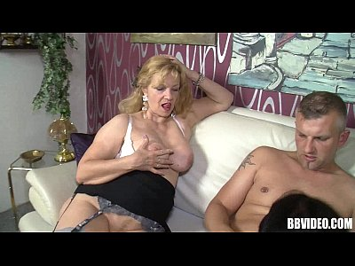 German milfs sharing a hard cock