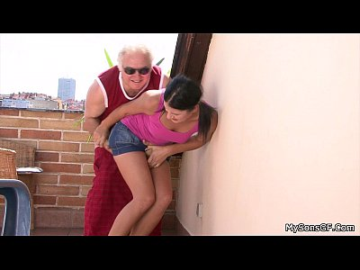 Olderman Olderyounger Granpa video: She let old granpa poke her young hole