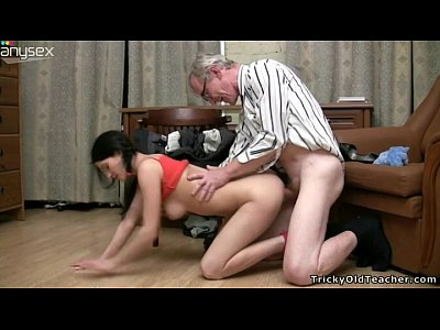vid: Old wanton stud in glasses fucks slim dark haired girlie fro