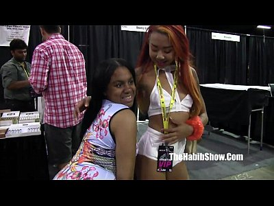Too wild at Exxxotica chicao pornstars n freaks