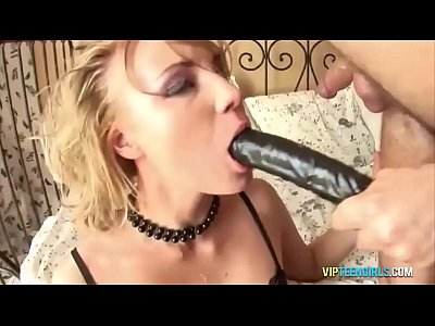 Slut Knows How to Deep Throat Well