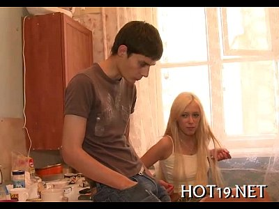 Teen Blowjob Hotsluts video: Honey screwed wild for cash