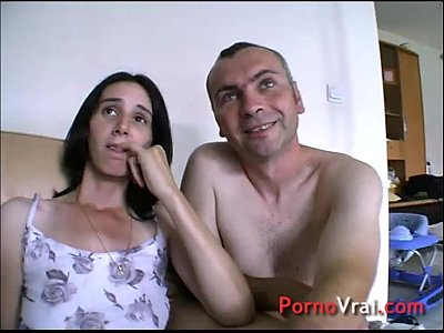 Amateur French Voyeur video: SQUIRT Prise par surprise elle ejacule sur son canape !!! French amateur