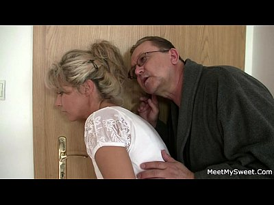 Threesome Milf Mature video: Holy shit! Family threesome with my girlfriend!!