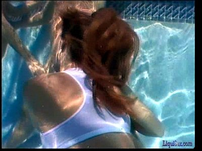 Sarah Ashley Underwater video: Sara Ashley Poolside