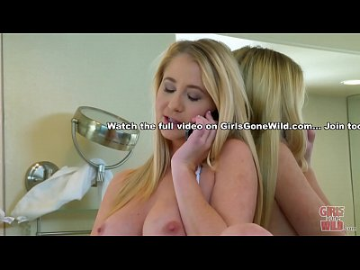 GIRLS GONE WILD - Hot Young Babe Masturbates In...