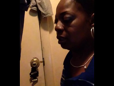 Amateur Black video: trim.FF3ED6A7-3BD1-451E-B901-F4E86FF061F5.MOV