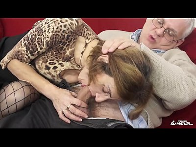 Sexy granny gets her hairy cunt fucked