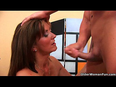 Cumshots Facial Gilf video: Blow your load on grandma's face