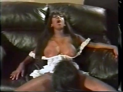 Interracial Tits video: Dominique Simone Foxes (1992)