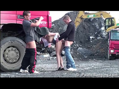 Cute teen girl PUBLIC sex construction site gan...