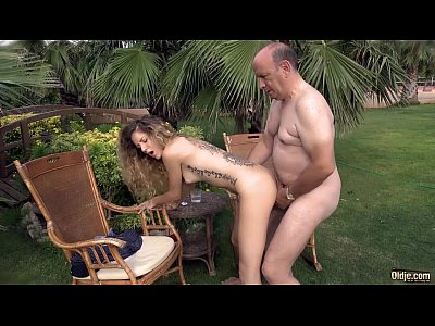 Blowjob Facial Skinny video: Rich big belly oldman doggies his skinny nympho girlfriend