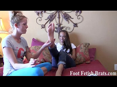 Foot Footfetish Footfetish video: Ayanna worships her yoga instructors hot feet