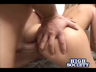Chealsie Rae Gets Double Pounded