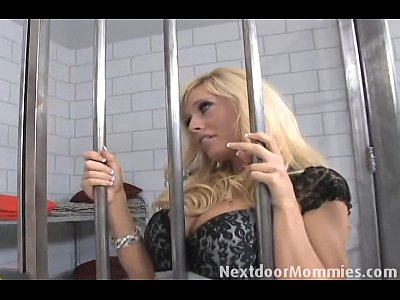 Blonde Blowjob Cock video: 88 0 19