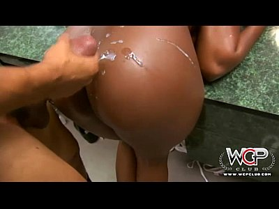 Bigtits Black Blowjob video: WCP CLUB Thick black beauty loves a BBC