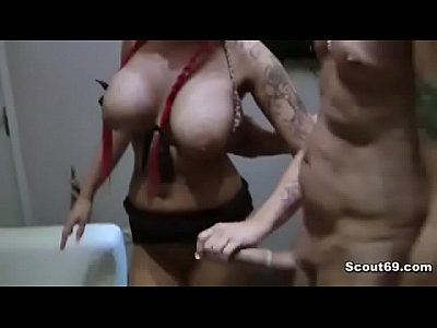 Cumshot Deutsch Father video: Step-dad seduce german redhead Teen for fucking
