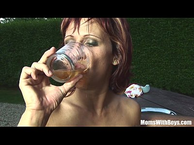 Blowjob Cougar Cumdrinking video: Mature Redhead Myra Drinks Wine Full Of Cum
